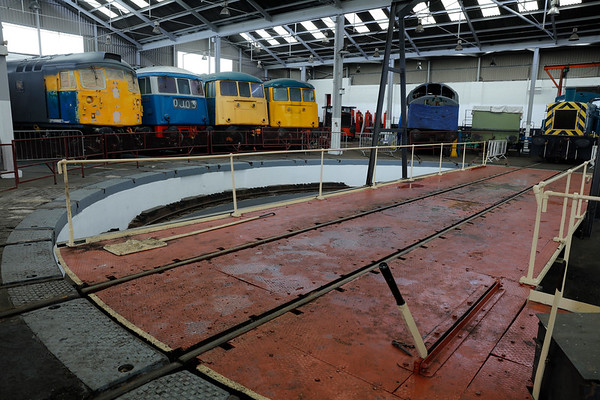 Barrow Hill Roundhouse - Roundhouse and Exhibition