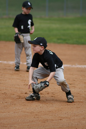 Winder White Sox 2008- Gordon Action Shots
