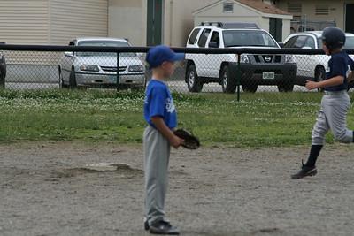 End of Season Baseball 6-20-09 094