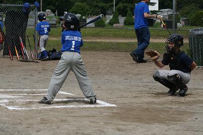 End of Season Baseball 6-20-09 036