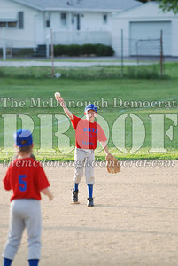 BATS 9-10 Defeats Lewistown 8-3 06-01-07 093