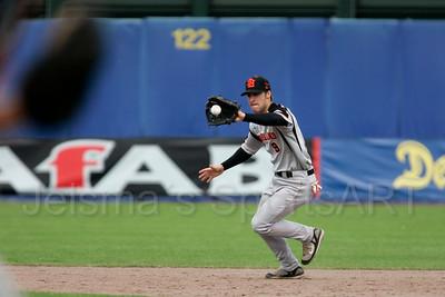 pim mulier stadion honkbal haarlemse honkbalweek nederlands team 2008 oranje Chinese Taipei tegen Nederland Taiwan baseball roel koolen in actie op tweede honk