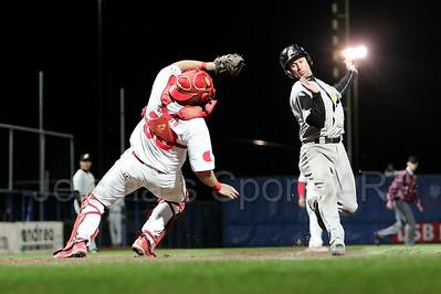 Kinheim  - L&D Amsterdam Pirates Holland series 2008 Pim Mulier stadion honkbal baseball haarlem Michael Benner uit op de thuisplaat door catcher tjerk smeets