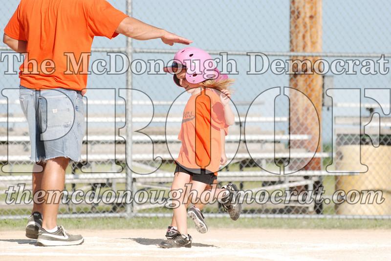 BPD T-Ball Tigers vs Avon Last Game 07-15-07 047