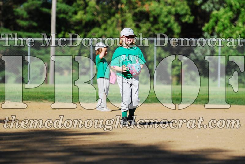 BPD T-ball Avon Green 07-13-08 154 (59)