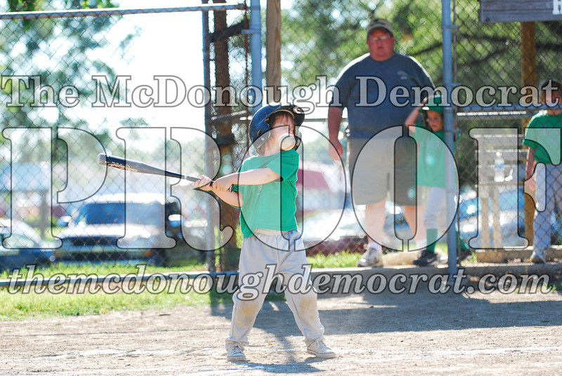 BPD T-ball Avon Green 07-13-08 154 (17)