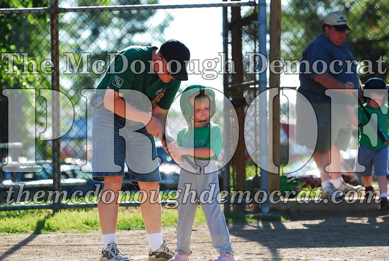 BPD T-ball Avon Green 07-13-08 154 (31)