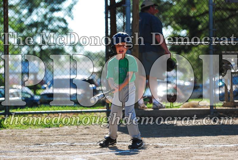 BPD T-ball Avon Green 07-13-08 154 (11)