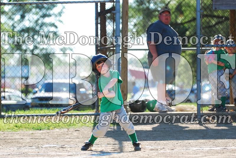 BPD T-ball Avon Green 07-13-08 154 (42)