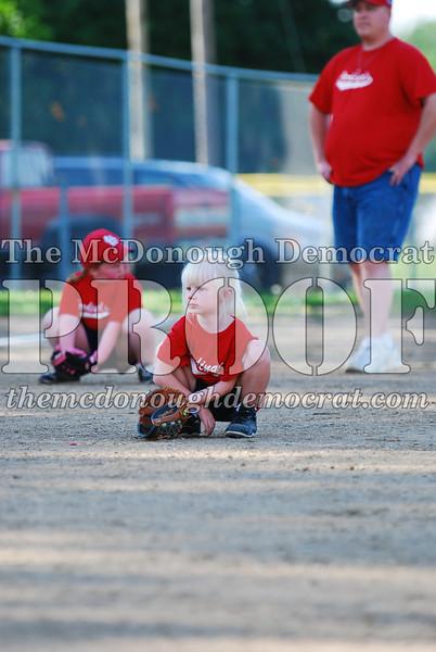 BPD T-Ball Cardinals 06-29-08 041
