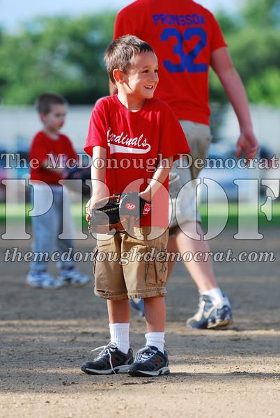BPD T-Ball Cardinals 06-29-08 037