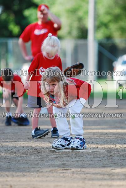 BPD T-Ball Cardinals 06-29-08 036