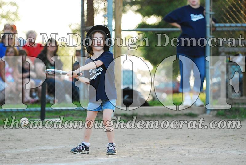 BPD T-ball Dogers 06-22-08 063 (12)