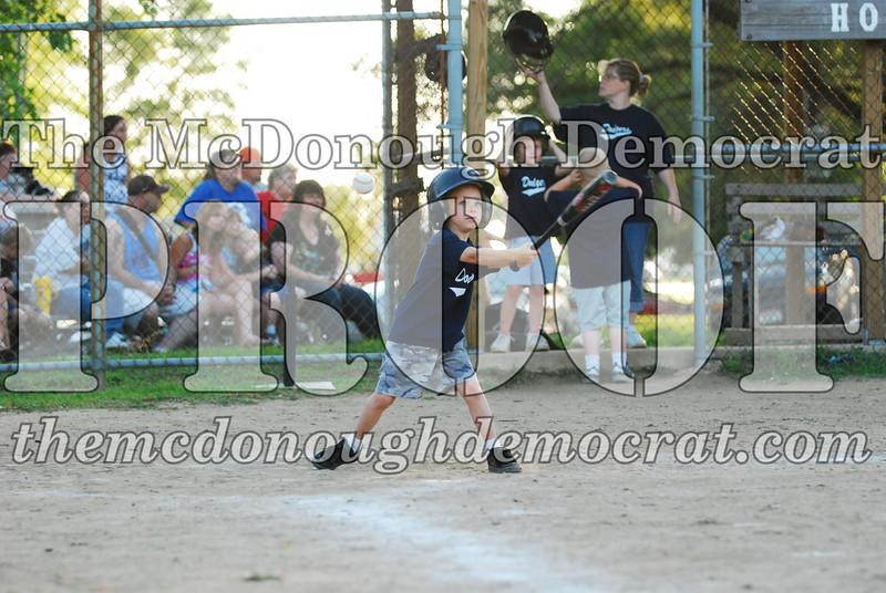 BPD T-ball Dogers 06-22-08 063 (14)
