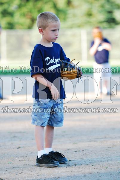BPD T-ball Dogers 06-22-08 063 (27)