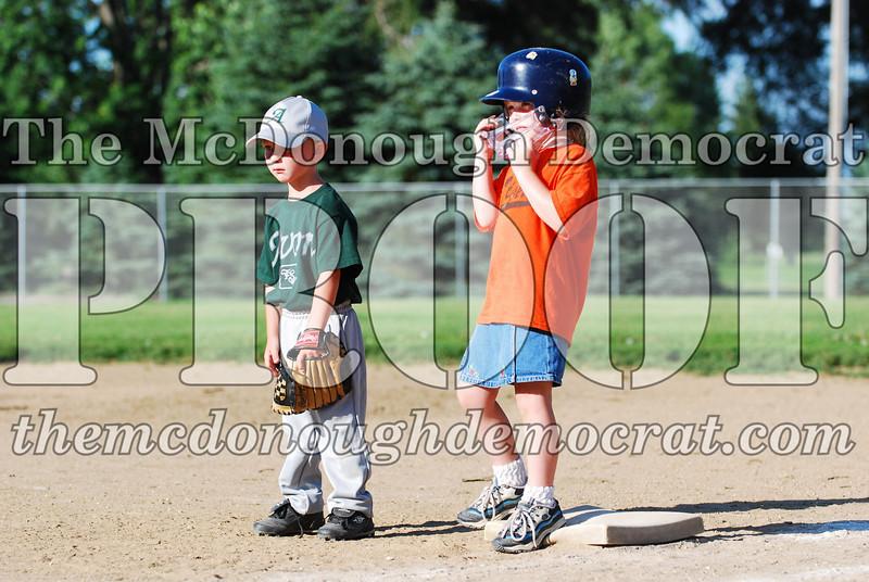 BPD T-ball Tigers 06-22-08 065 (15)