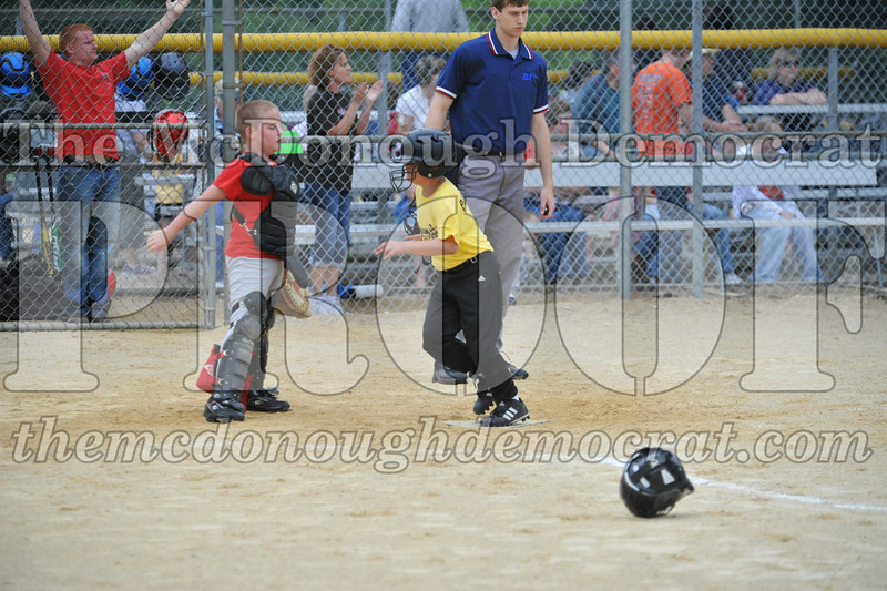 LL Minors Bushnell#1 vs Macomb Spdwy 06-06-09 060