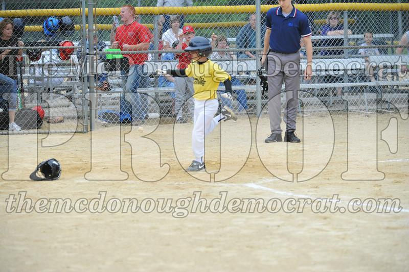LL Minors Bushnell#1 vs Macomb Spdwy 06-06-09 040