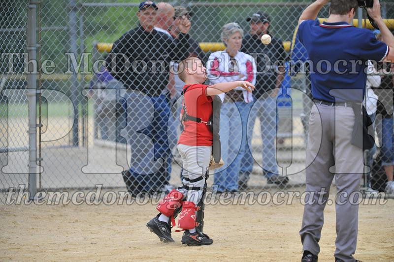 LL Minors Bushnell#1 vs Macomb Spdwy 06-06-09 033