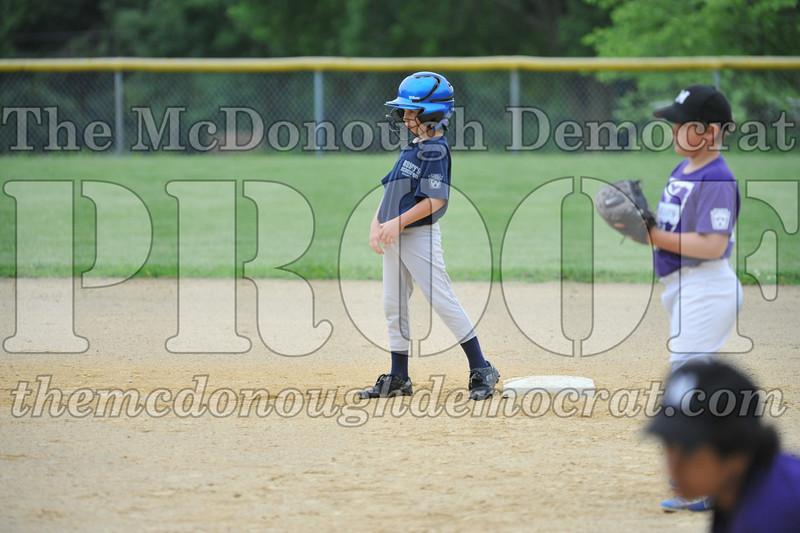 LL Minors BPD vs Aurelios 06-06-09 053
