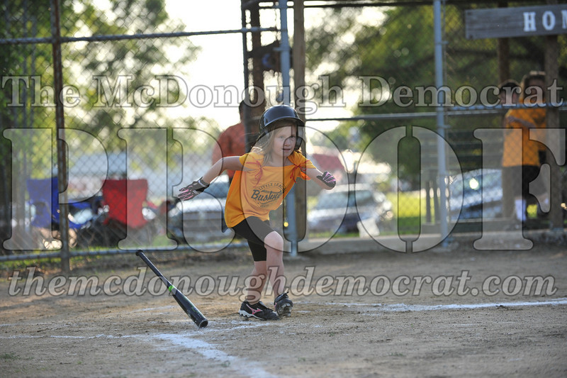 BPD Coaches Pitch Gold vs Yellow 06-03-09 071