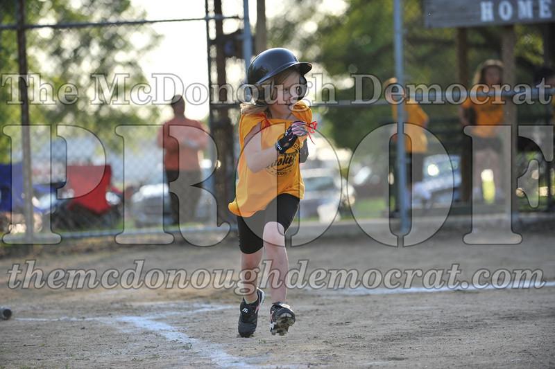 BPD Coaches Pitch Gold vs Yellow 06-03-09 072