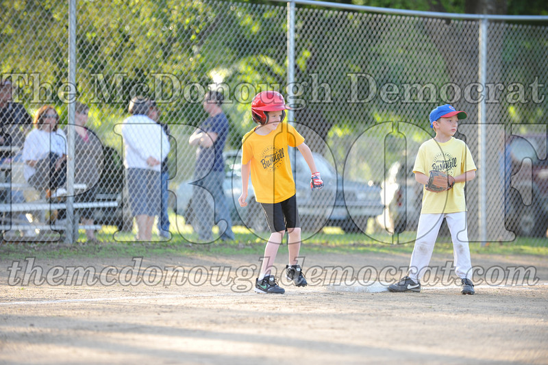 BPD Coaches Pitch Gold vs Yellow 06-03-09 028