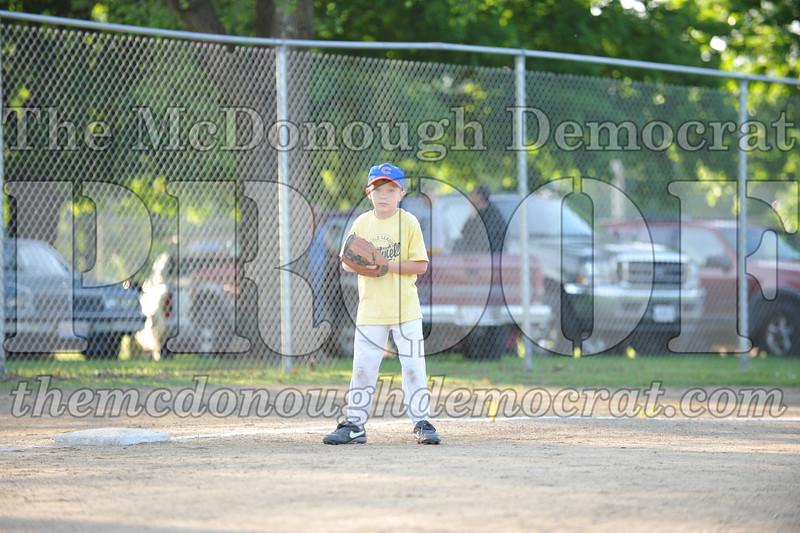 BPD Coaches Pitch Gold vs Yellow 06-03-09 017