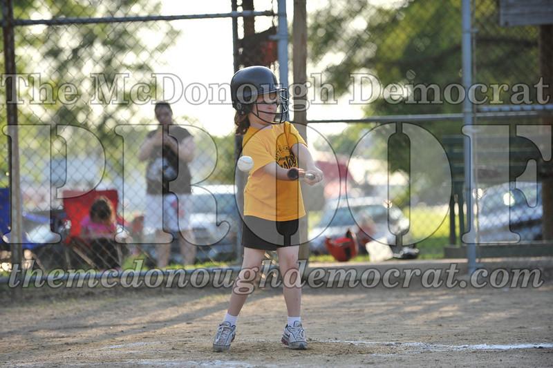 BPD Coaches Pitch Gold vs Yellow 06-03-09 033