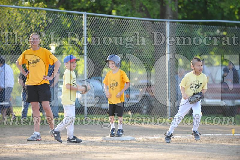 BPD Coaches Pitch Gold vs Yellow 06-03-09 063