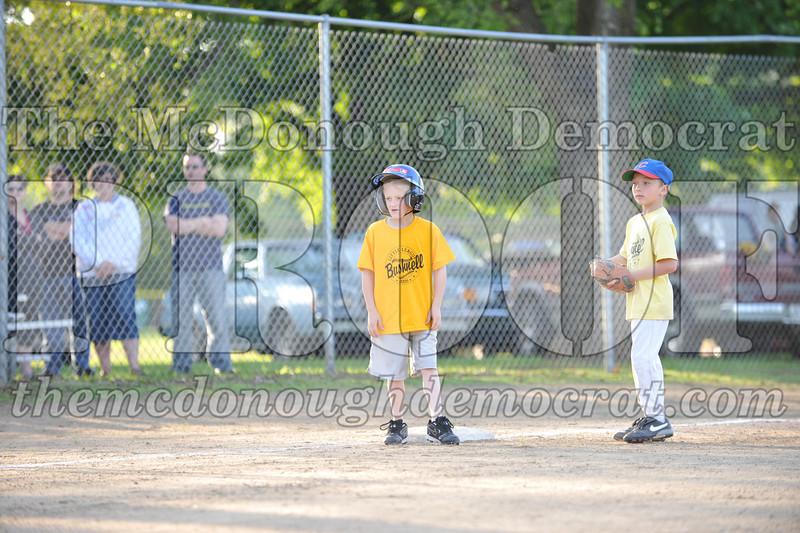 BPD Coaches Pitch Gold vs Yellow 06-03-09 049