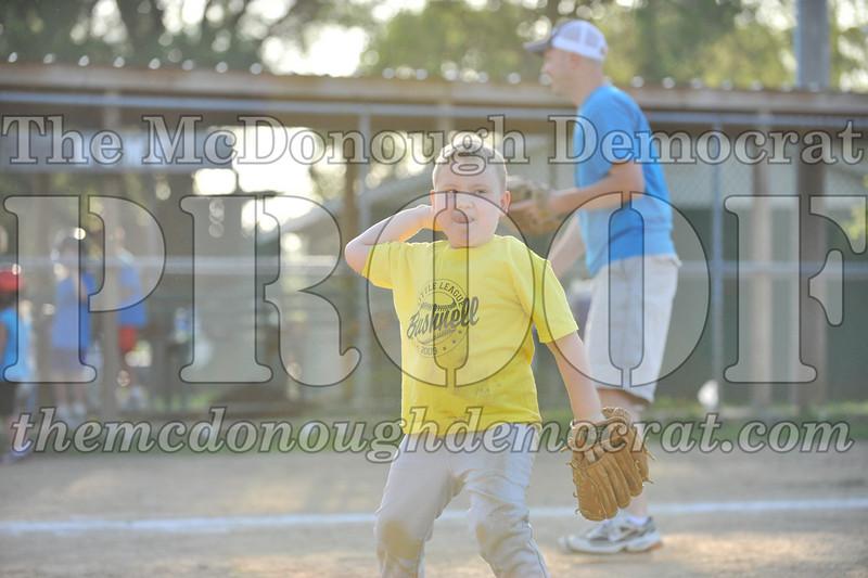 BPD T-Ball Blue vs Yellow 06-28-09 005