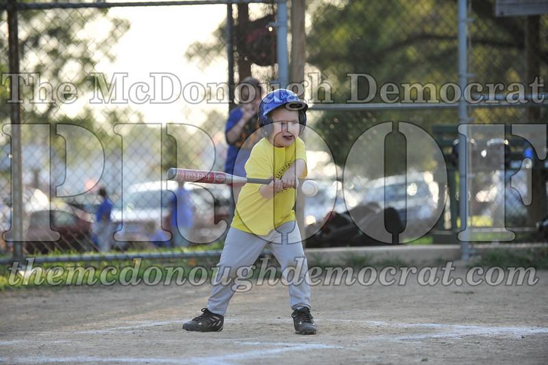 BPD T-Ball Blue vs Yellow 06-28-09 068