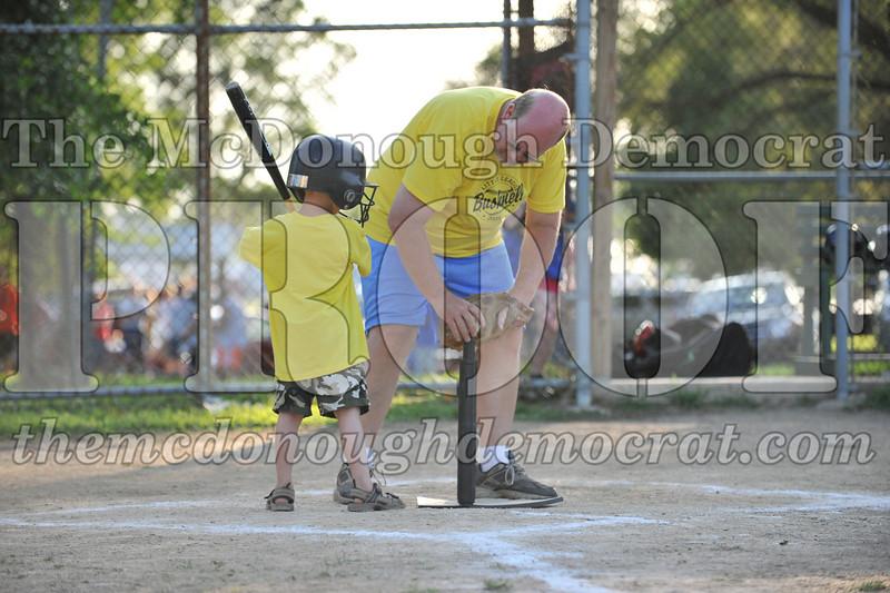 BPD T-Ball Blue vs Yellow 06-28-09 040