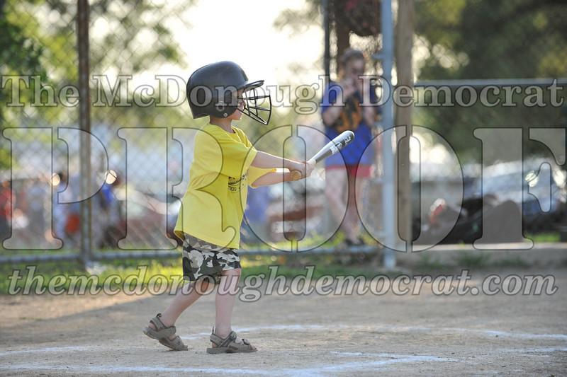 BPD T-Ball Blue vs Yellow 06-28-09 035