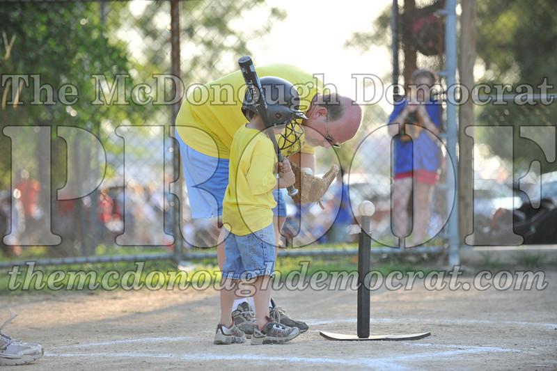 BPD T-Ball Blue vs Yellow 06-28-09 047