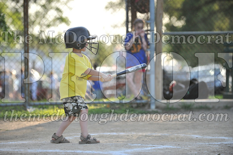 BPD T-Ball Blue vs Yellow 06-28-09 036