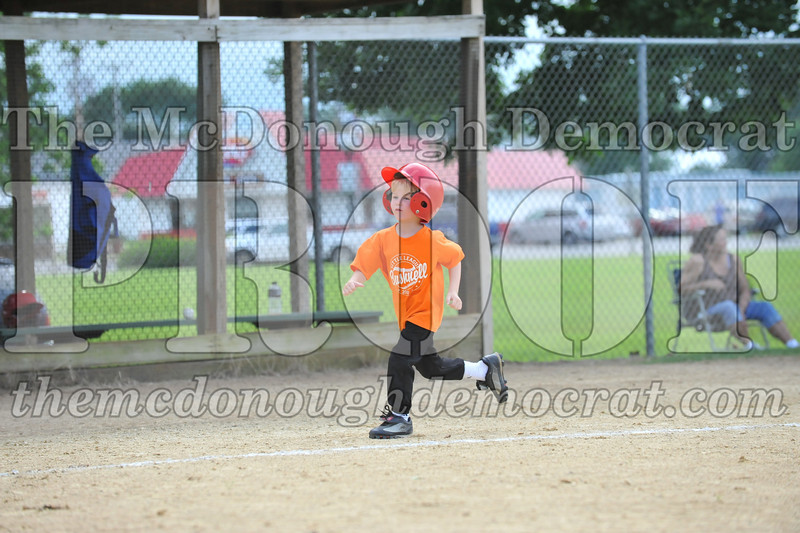 LL T-Ball Orange vs Teal Blue 06-27-10 032
