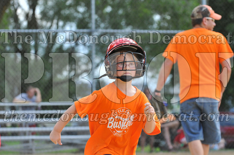 LL T-Ball Orange vs Teal Blue 06-27-10 016