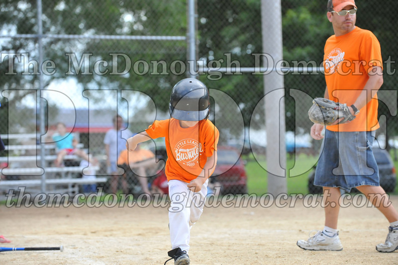 LL T-Ball Orange vs Teal Blue 06-27-10 053