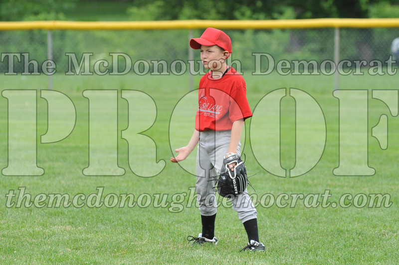 LL Minors Boys Bsb Bushnell Blue vs Citizens 06-10-11 059