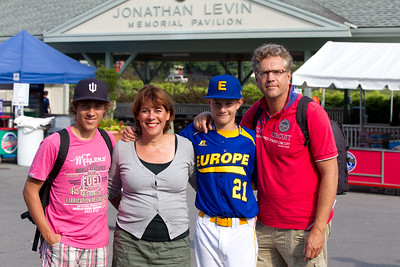 LL World Series Opening (18-08-2011)