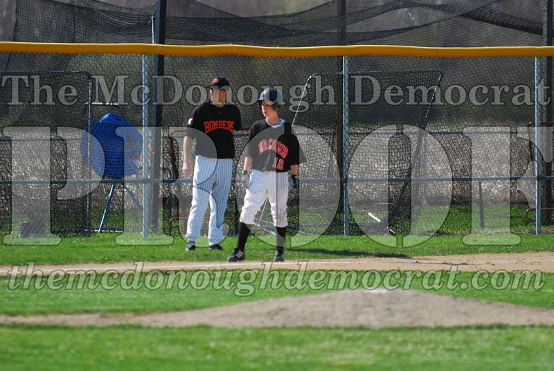 Spartan JV Baseball vs Macomb 04-22-09 028