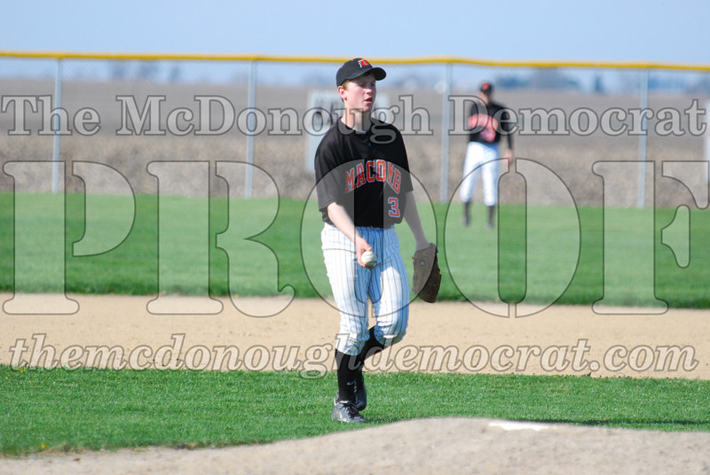 Spartan JV Baseball vs Macomb 04-22-09 034