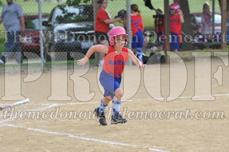 Girls CP Softball 7-8yrs Ipava vs BATS 06-01-11 040
