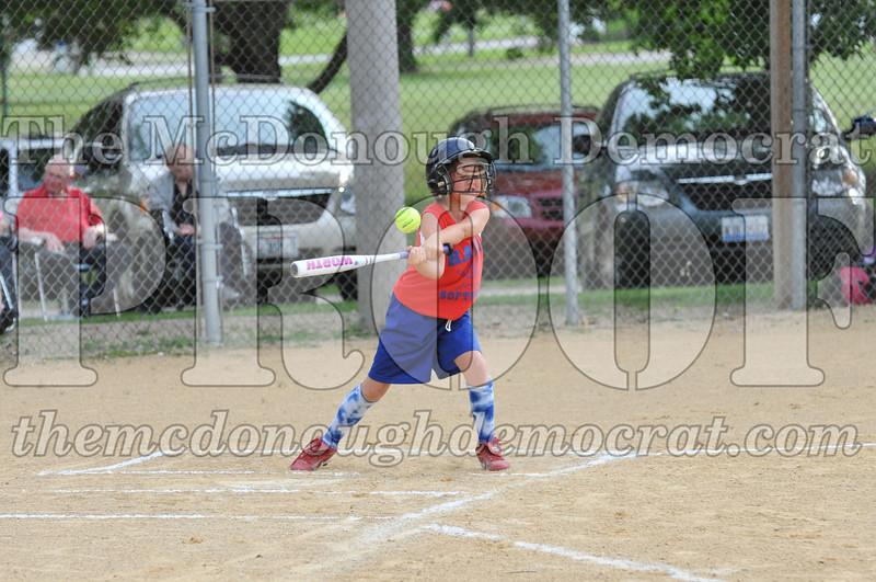 Girls CP Softball 7-8yrs Ipava vs BATS 06-01-11 047