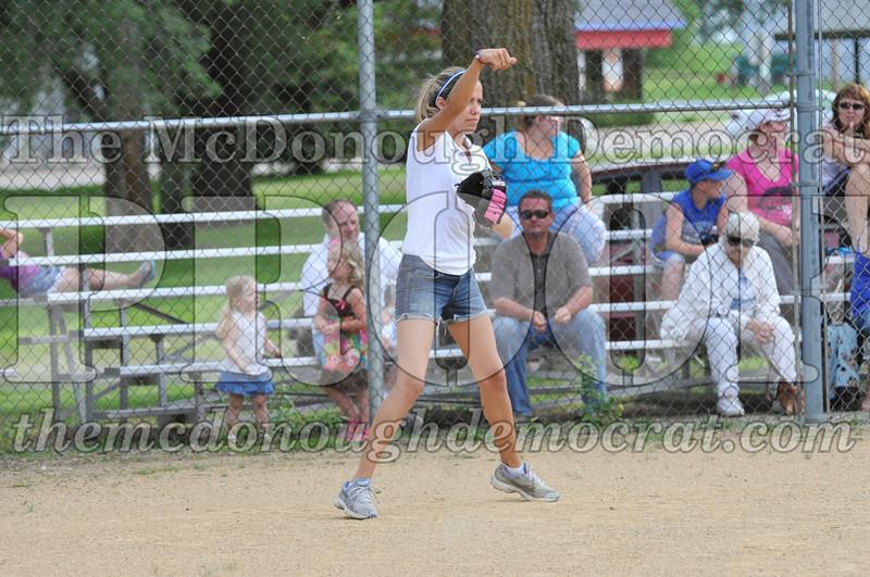 Girls CP Softball 7-8yrs Ipava vs BATS 06-01-11 036