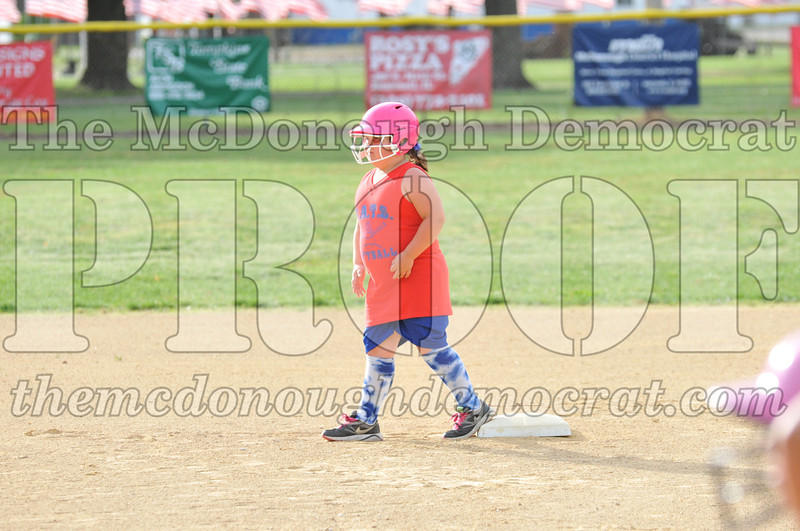 Girls CP Softball 7-8yrs Ipava vs BATS 06-01-11 018
