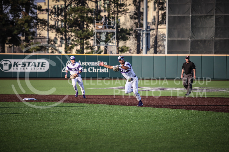 Sophomore Daniel Carincl running for the ball in a play on Friday's game (April 3, 2021) against Texas Tech at Tointon Stadium. <br /> Elizabeth Proctor Collegian Media Group