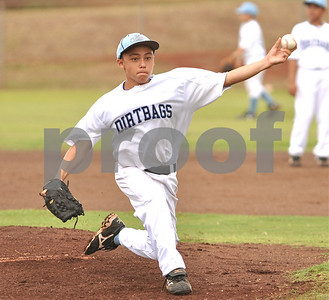 "08-01-09 Manoa Dirt Bags (12)  ""vs"" C-Dawgs (3) 12U - Photos by Alan Kang"